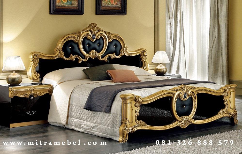 Tempat Tidur Dipan Klasik Mewah
