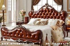 Tempat Tidur Dipan Klasik