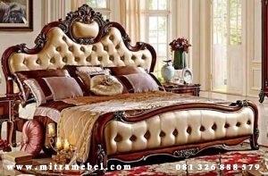 Tempat Tidur Dipan Mewah Klasik