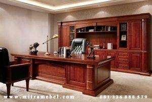 Meja Kantor Eksekutif Minimalis Mewah