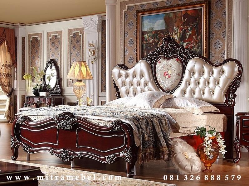 Tempat Tidur Klasik Modern Elegant