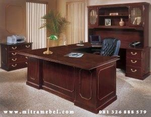 Meja Kantor Eksekutif Furniture
