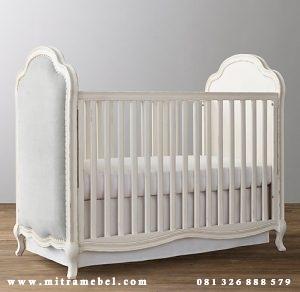 Dipan Bayi Minimalis Putih