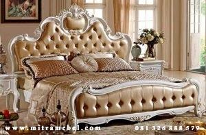 Tempat Tidur Dipan Ukiran Modern