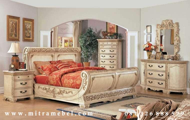 Set Kamar Tidur Furniture Luxury