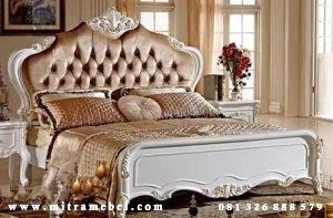 Tempat Tidur Modern Dipan Ukiran
