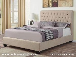 Tempat Tidur Dipan Minimalis Cream