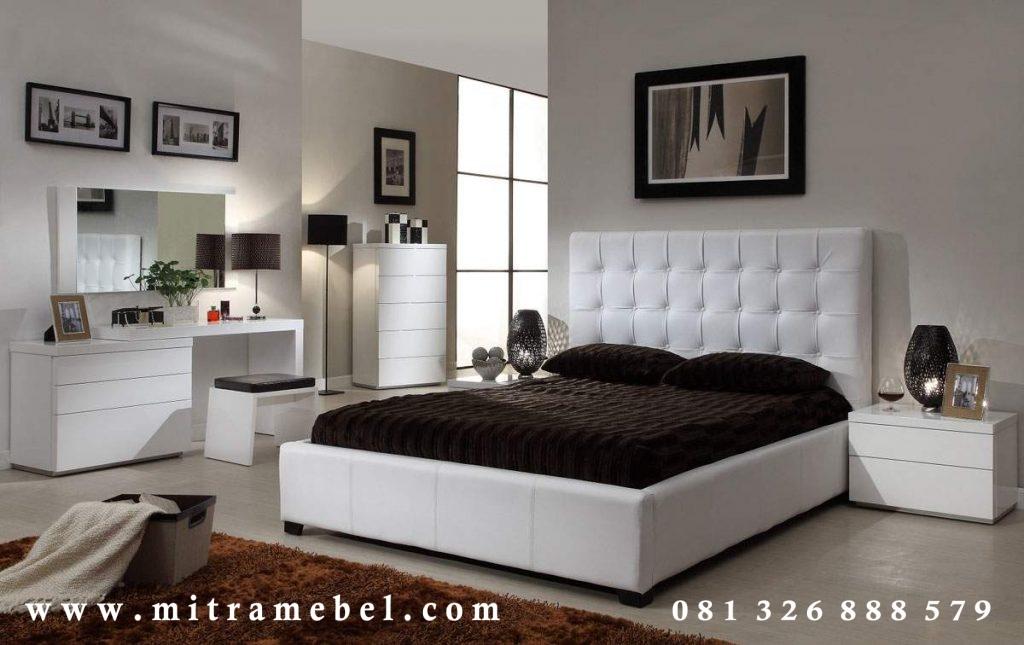 Set Kamar Tidur Minimalis Putih Mobilia