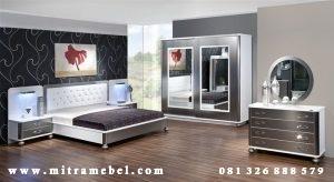 Set Kamar Tidur Minimalis Putih Silver