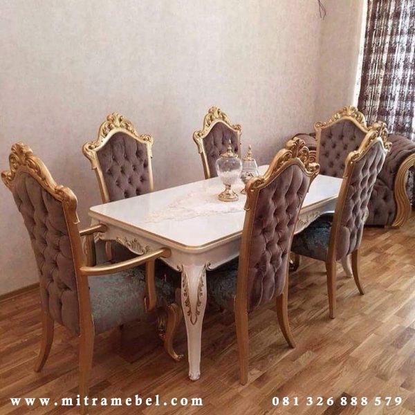 set meja makan ukir
