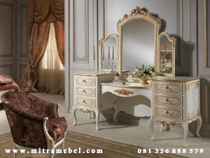 Meja Rias Klasik Mewah Furniture Cat Duco Jepara