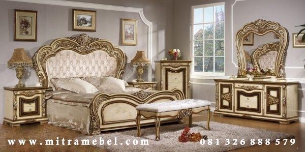 Set Kamar Tidur Mewah Klasik Furniture Modern